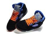 Продам новые фирменные кроссовки