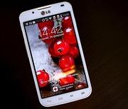 Продам LG Optimus L7 dual (РСТ) гарантия в СЦ 36 мес. Полный комплект.
