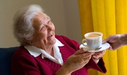 уход за бабушками и дедушками