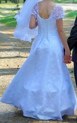Свадебное платье идеальное состояние 1 раз б/у
