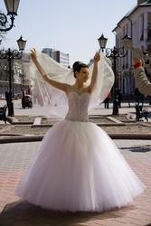 свадебное платье 1 раз б/у